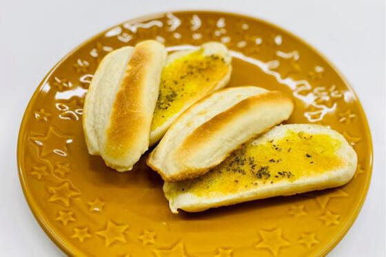 おうちで焼きたてガーリックトースト