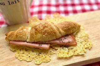おうちでパリパリ羽根つきハムチーズワッサン